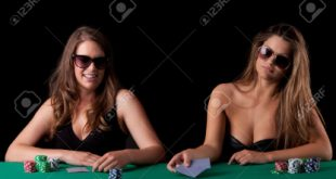 Nữ nhân poker