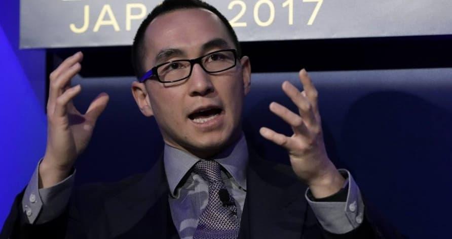 Lawrence Ho bán tất cả cổ phần tại Summit Ascent